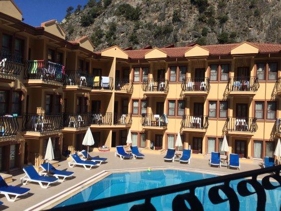 Belcehan Beach Hotel: photo0.jpg