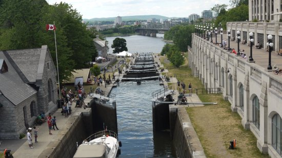 "The Ottawa Locks - while walking with ""Ottawa Free Tours"""