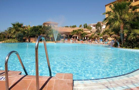 Hotel Best Alcazar: Piscina