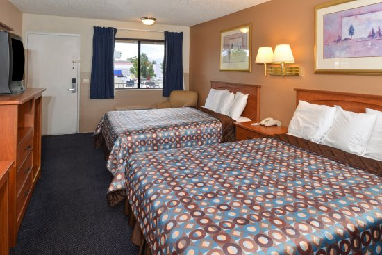 Americas Best Value Inn Carson City: Two Queen Beds