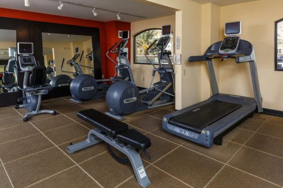DoubleTree by Hilton Hotel Santa Ana - Orange County Airport: Fitness Center Equipment