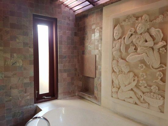 Gending Kedis Villas & Spa Estate: Beautiful and spacious room and a clean pool