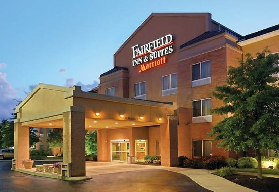 Fairfield Inn & Suites Akron South: Exterior