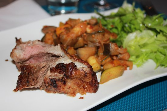 Herault, Γαλλία: Un repas hummmmm