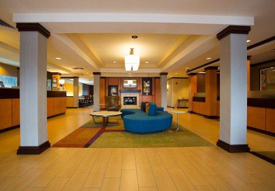 Fairfield Inn & Suites Cordele: Lobby