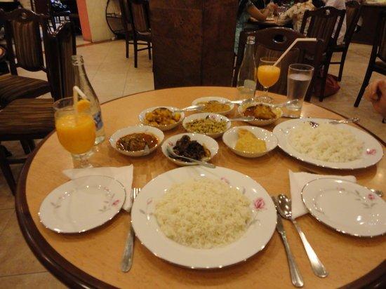 Devon Restaurant: tasty  foods
