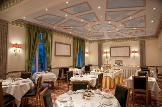 Breakfast Room at Victoria Palace Paris