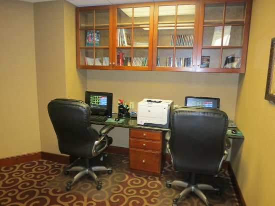 Homewood Suites by Hilton Huntsville-Village of Providence: Business Center