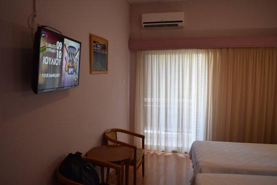 Economy Hotel Resmi