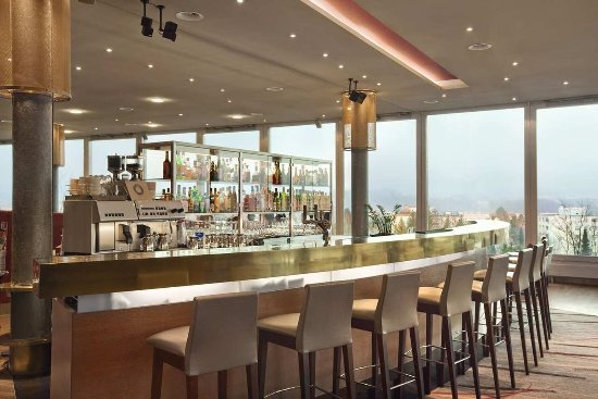 Opfikon, Swiss: Lobby Bar