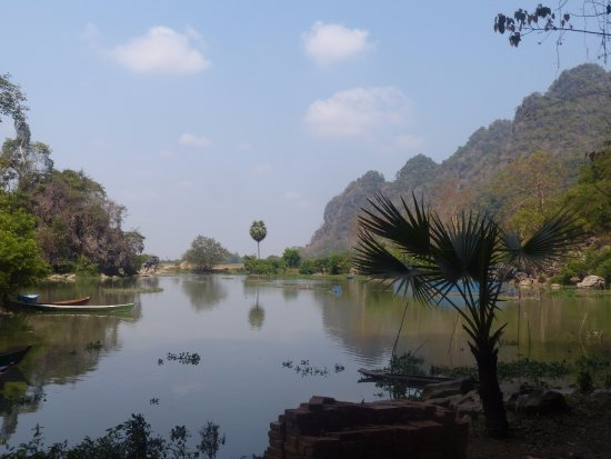 Restaurants in Hpa An