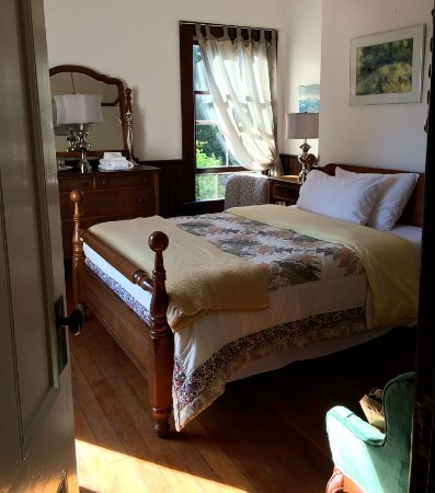 Saturna Island, Canadá: The prettiest bedroom.