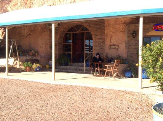 The Underground Motel: Front verandah facing the sunset