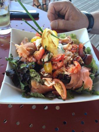 Drome, ฝรั่งเศส: A goûter: les raviolles! Spécialité régionales au fromage: délicieux! Tian de légumes de Provenc