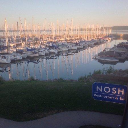 Nosh Restaurant & Bar: photo0.jpg