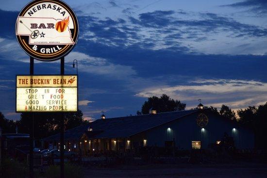 โกเธนเบิร์ก, เนบราสก้า: Dining just across the road, along with a Pizza Hut next to this one