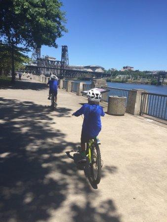 Waterfront Bicycles: photo1.jpg