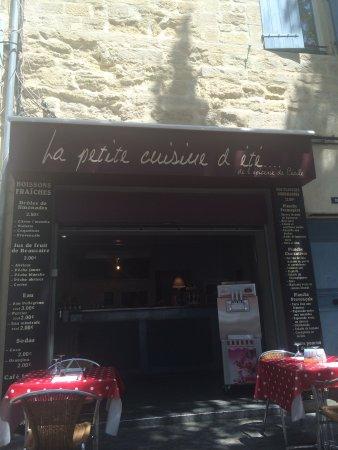 La petite cuisine d\'été de Cecile - Picture of La Petite ...