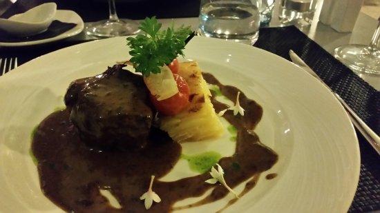 Bakus: Steak and Layered Potato