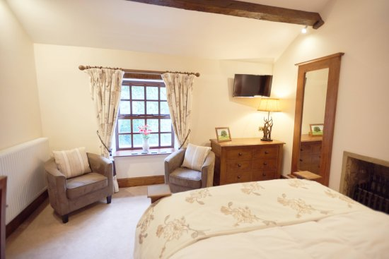 Bell Busk, UK: The New Swaledale Suite bedroom area