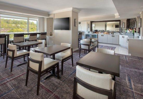 Δυτικό Conshohocken, Πενσυλβάνια: Concierge Lounge