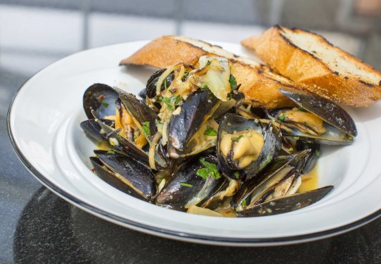 West Conshohocken, Пенсильвания: P.E.I. Mussels