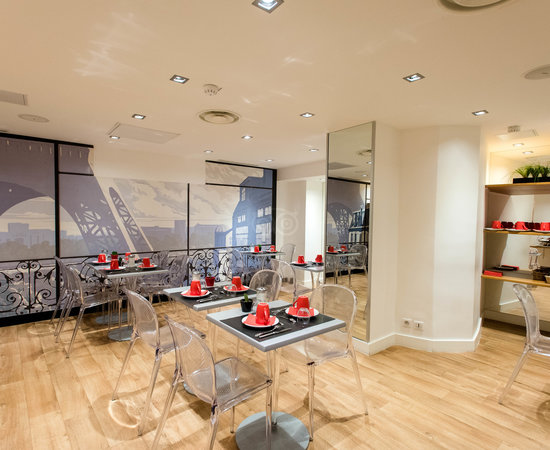 Breakfast Room at the Hotel Acadia - Astotel