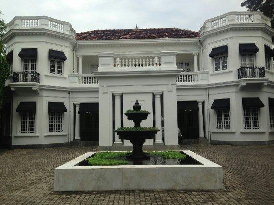 Paradise Road Tintagel Colombo: moments_C6E60C08-EFF1-41A2-92FE-90FE5BCB05E6_hi_res_large.jpg