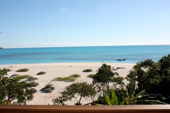 Shannas Cove Resort: ocean view from the cottage