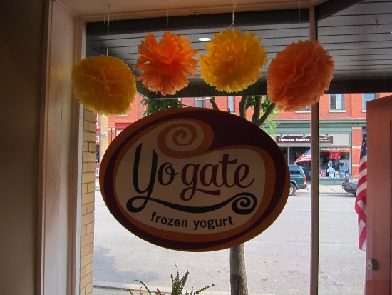 Hamilton, NY: Yogate window