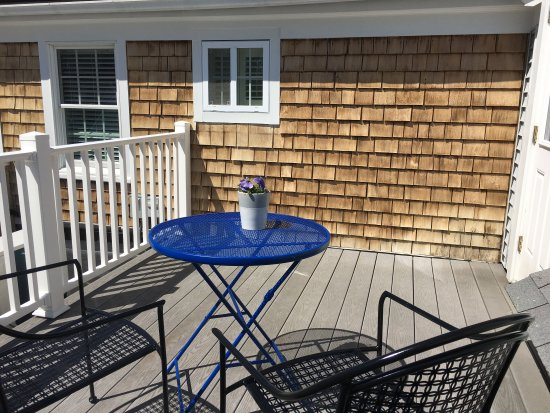 West Harwich, MA: Balcony overlooking the pool