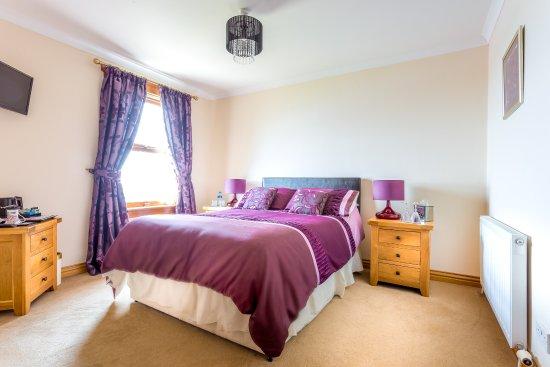 Cairnryan Bed and Breakfast: Loch view double en-suite