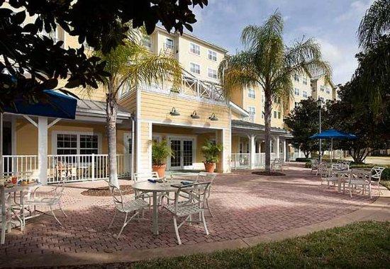 Residence Inn Orlando at SeaWorldR: Patio Area