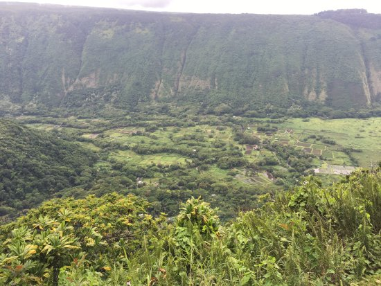 "Kukuihaele, HI: Majestic Waipi'o Valley, ""the 'Valley of Kings', it radiates with a resounding power (mana)"""