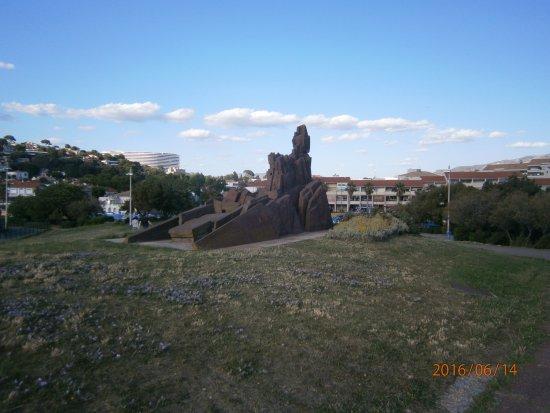 Parc Balnéaire du Prado : monumento de Pedra