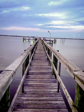 Jensen Beach, Флорида: Fishing from this dock/pier.