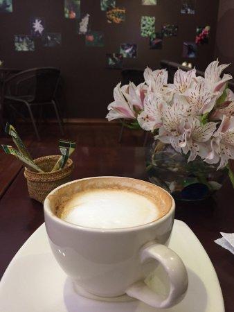 El Quinde Café