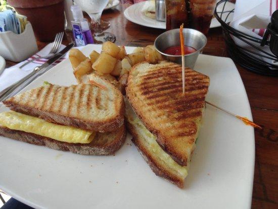 Tavern on Main: Breakfast panini