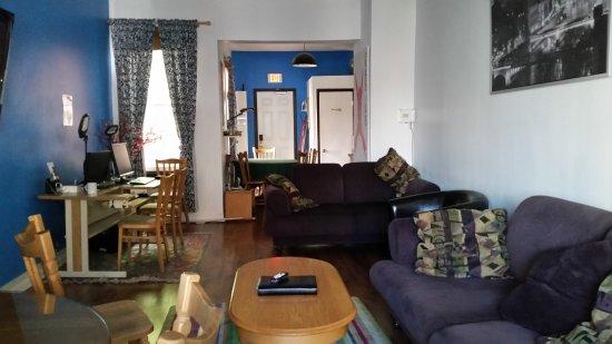 Barefoot Hostel照片