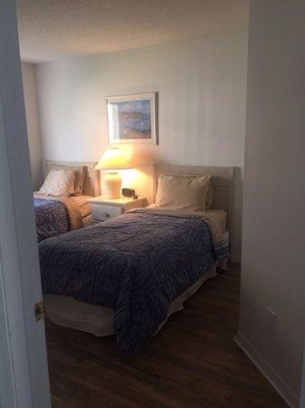 Silver Villas: twin room