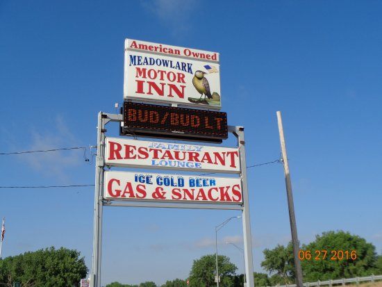 Bridgeport NE Meadowlark Inn & Restaurant Sign Close Up