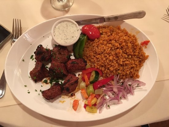 East Setauket, NY: Honestly the very best Mediterranean meal we've ever had!