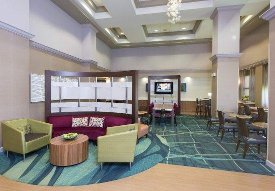 SpringHill Suites Peoria Westlake: Lobby