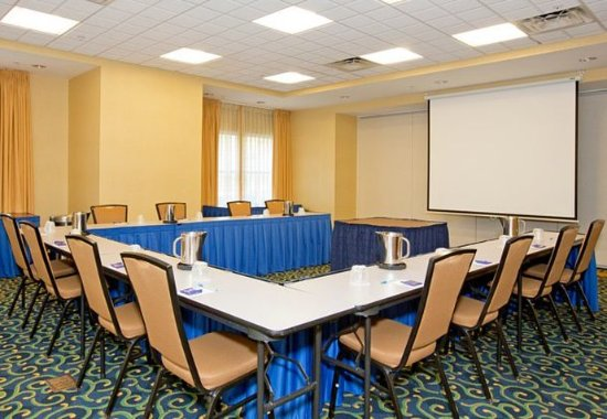 Tarentum, PA: Meeting Room