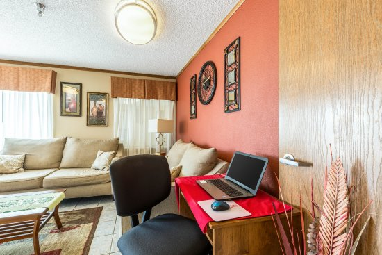 Comfort Inn Scottsbluff: Business Center