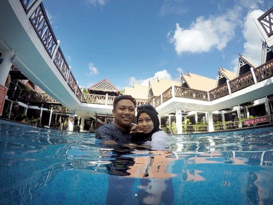Beautiful View At The Pool Picture Of Paya Beach Spa Dive