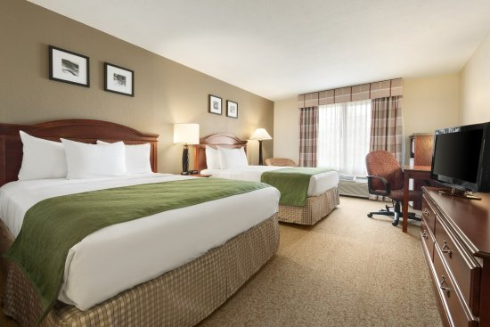 Country Inn & Suites By Carlson: PADUTwo Queen Room