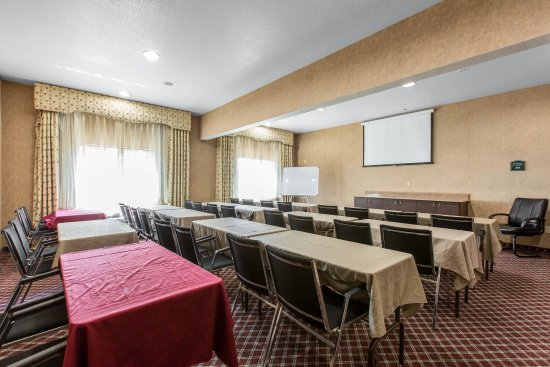 Comfort Suites Redlands: Meeting room