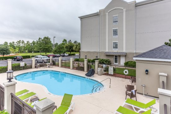 Comfort Suites Myrtle Beach: Pool