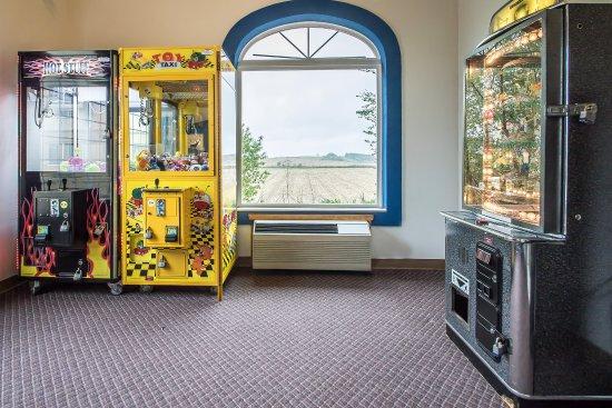 Comfort Suites: Arcade